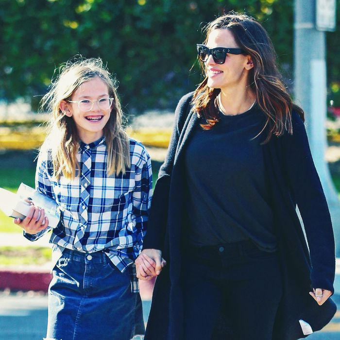 jennifer garner and her daughter were almost lost at sea