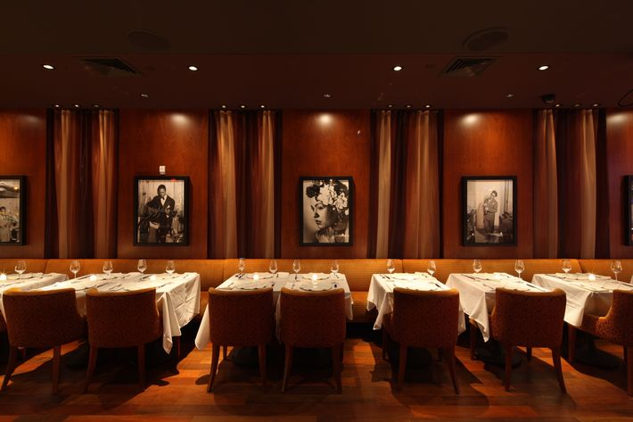 The dining room at Minton's.