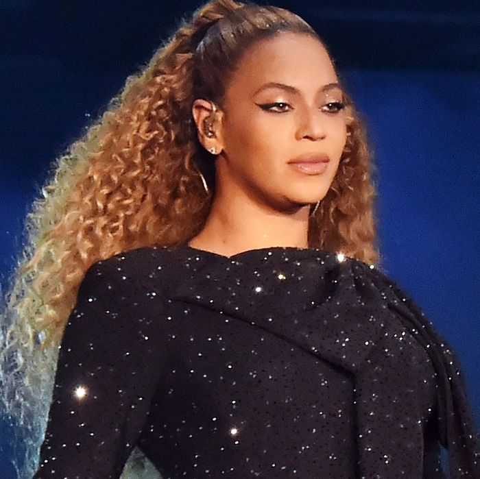 why beyoncé and jay z s album didn t debut at no 1