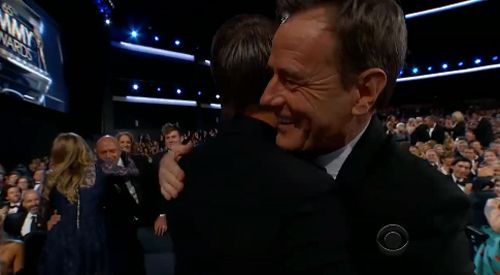 aaron paul bryan cranston hug