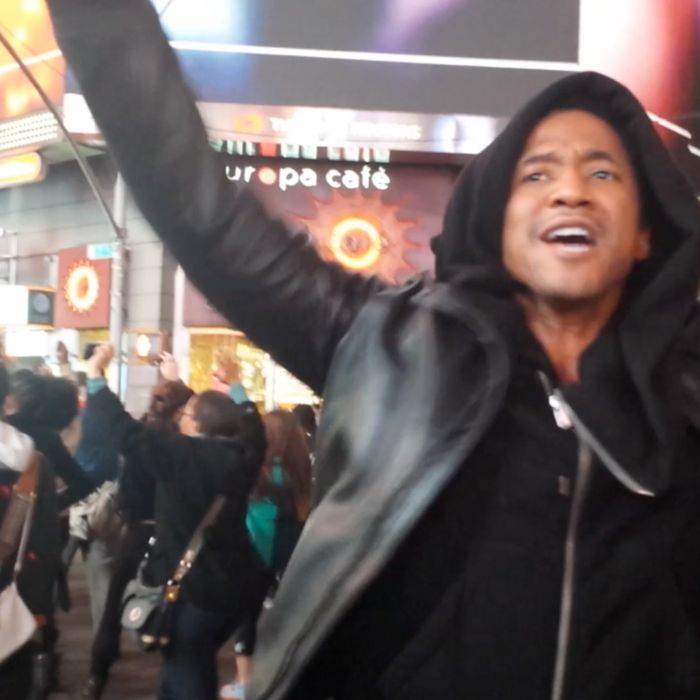 Q Tip Kept The Crowd Chanting At Nycs Ferguson Protest