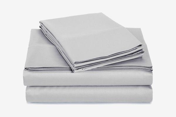 AmazonBasics 400 Thread Count Sheet Set, Sateen Finish, Full