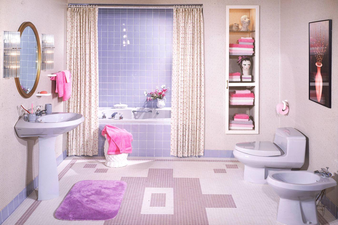 Best Bathroom Essentials Every Home Needs