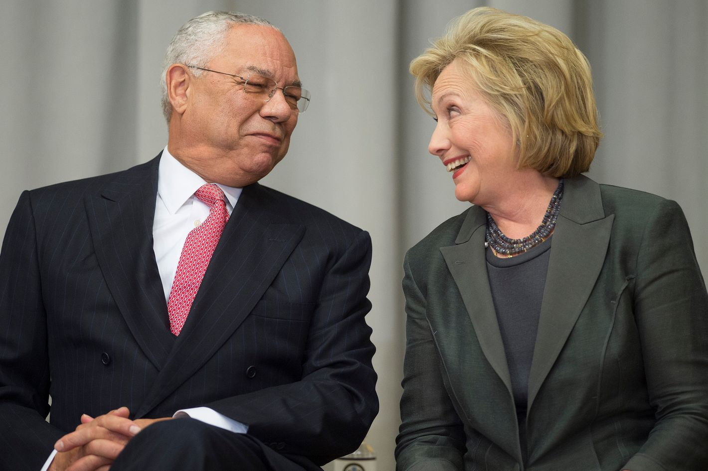 Hillary Clinton claims predecessor Colin Powell advised personal email usage