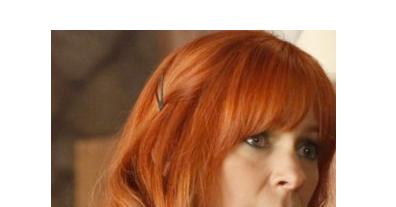 redhead-waitress-looses-dress-video-mature-women-vs-young-boys