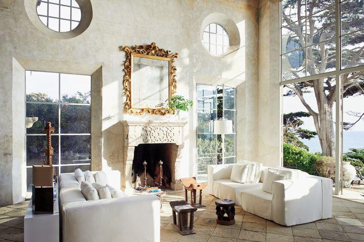 The stunning double-height living room of Richard Shapiro's Malibu home.