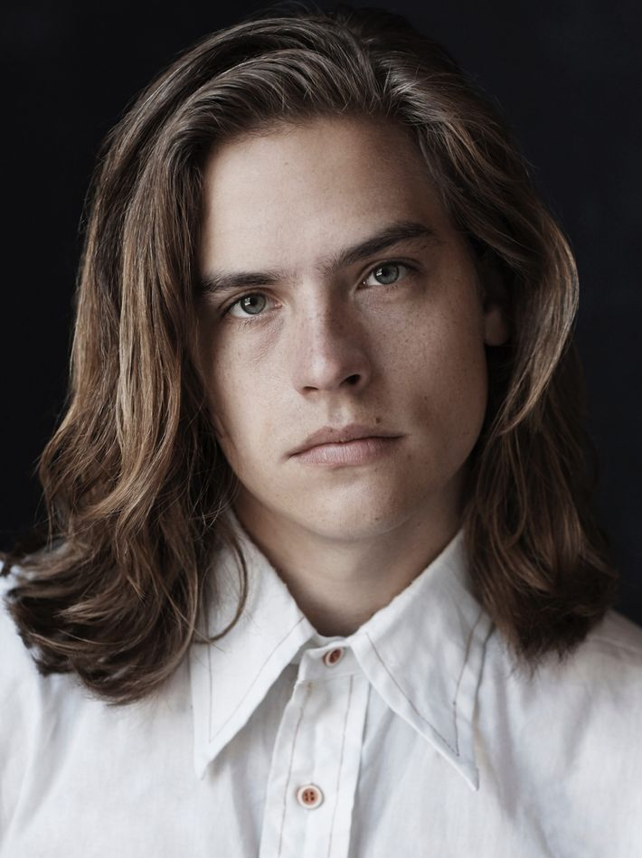 https://pixel.nymag.com/imgs/daily/vulture/2017/12/28/28-dylan-sprouse.nocrop.w710.h2147483647.jpg