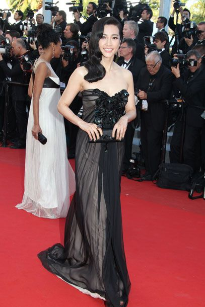 "No train tonight — way to <a href=""http://nymag.com/daily/fashion/2012/05/gaultier-swinton-del-rey-and-more-from-cannes.html"">keep us on our toes</a>."