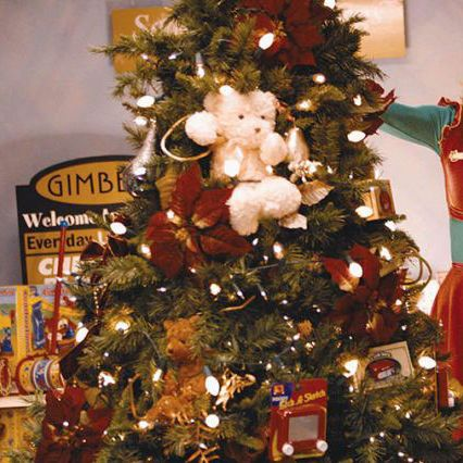 the best christmas tree decorations on amazon according to reviewers