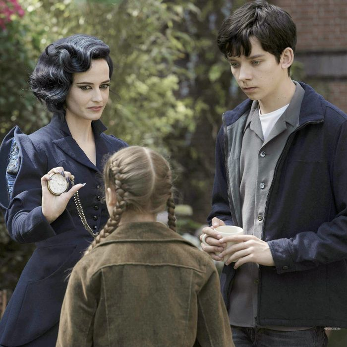 Review Roundup Miss Peregrine S Home For Peculiar Children Is