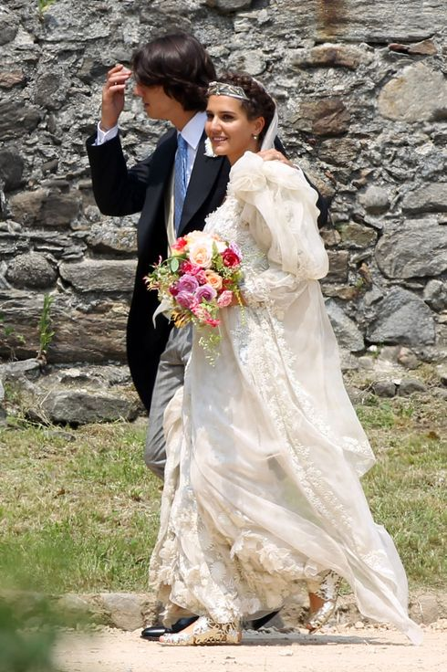 In Varese, Sumirago, the beautiful Margherita Missoni, niece of fashion designer Ottavio, marries the Gran Turismo driver Eugene Amos.