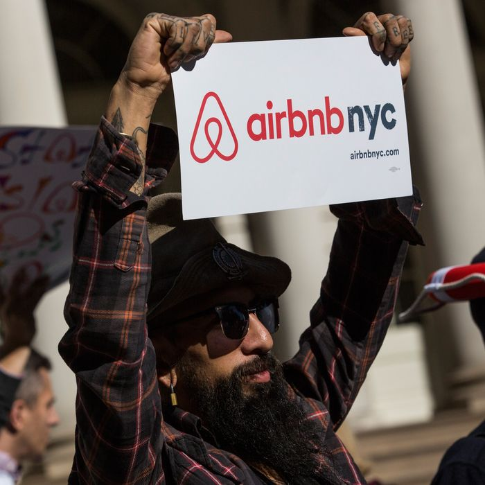 Does NYC's Airbnb Crackdown Help Local Residents or Hotels?