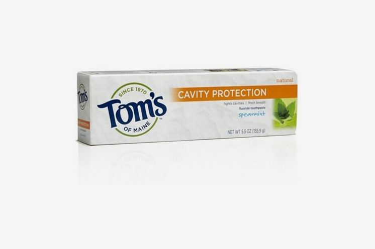Tom's of Maine Natural Toothpaste with Baking Soda and Fluoride