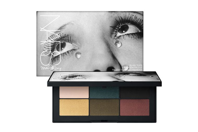 Glass Tears Eyeshadow Palette