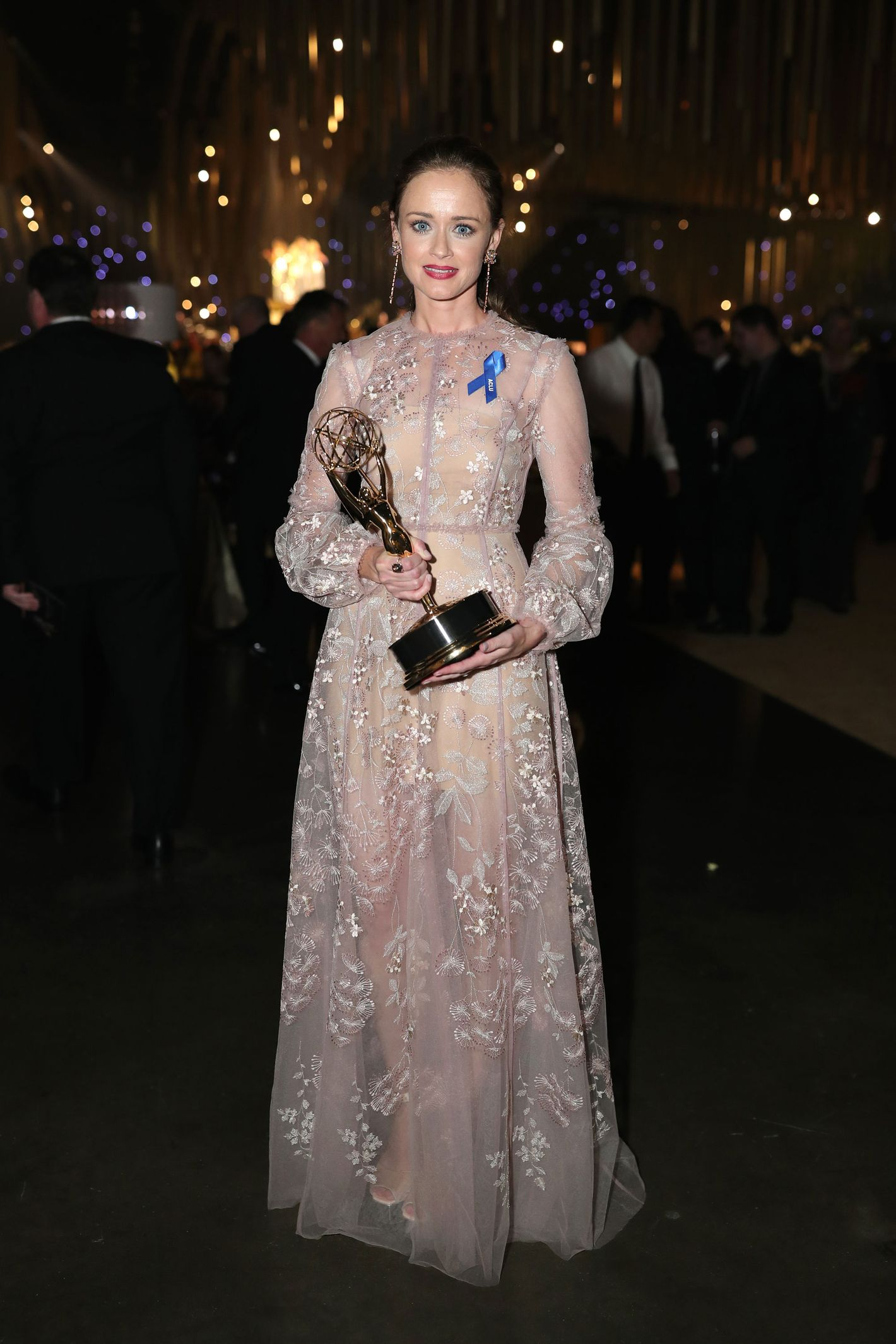 Alexis Bledel Wins Guest Actress Emmy for \'Handmaid\'s Tale\'