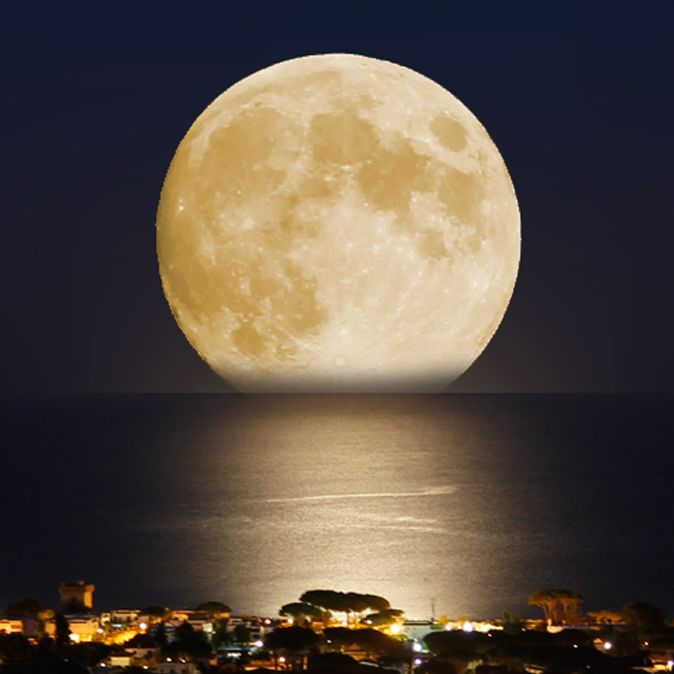 The moon over San Felice Circeo at night.