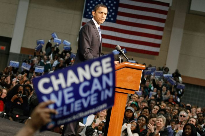 "Presidential hopeful Sen. Barack Obama pauses while speaking during a ""Stand Together For Change"" rally at the Columbia Metropolitan Convention Center January 20, 2008 in Columbia, South Carolina."
