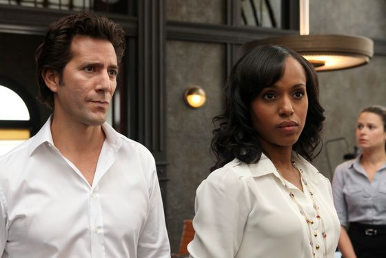 "SCANDAL - In the series premiere, ""Sweet Baby,&quot"