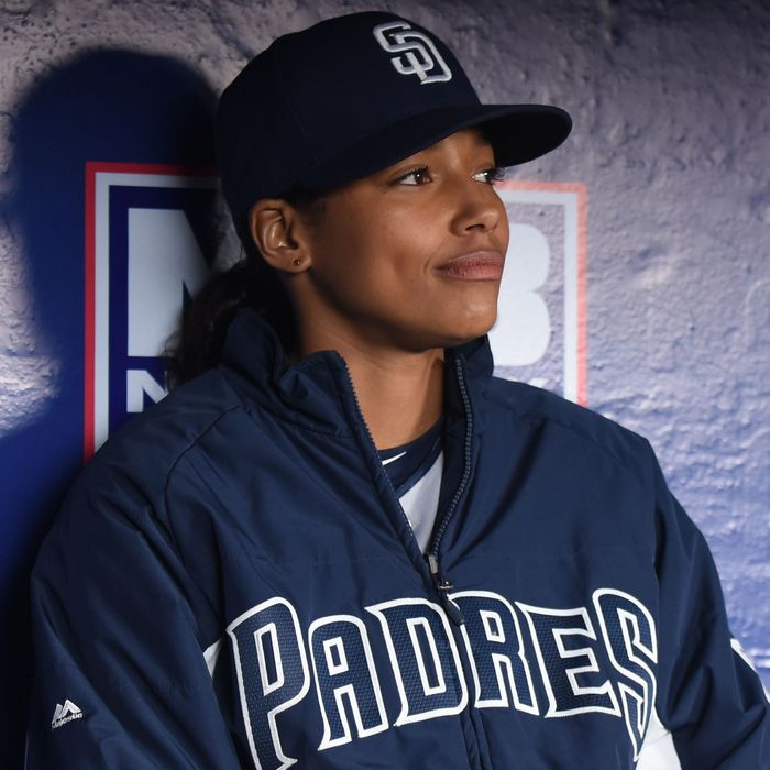 """PITCH: in the all-new """"San Francisco"""" episode of PITCH airing Thursday, Nov. 10 (8:59-10:00 PM ET/PT) on FOX.CR: Ray Mickshaw / FOX. © 2016 FOX Broadcasting Co."""