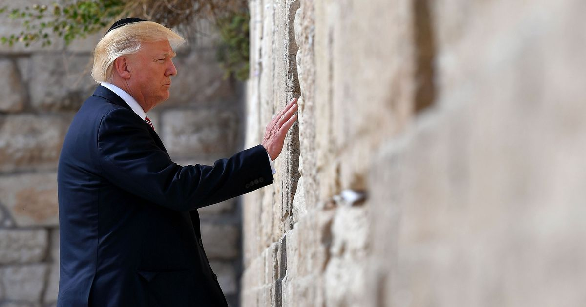 Trump Says Jews Should Love Him Because He's Almost Literally Jesus