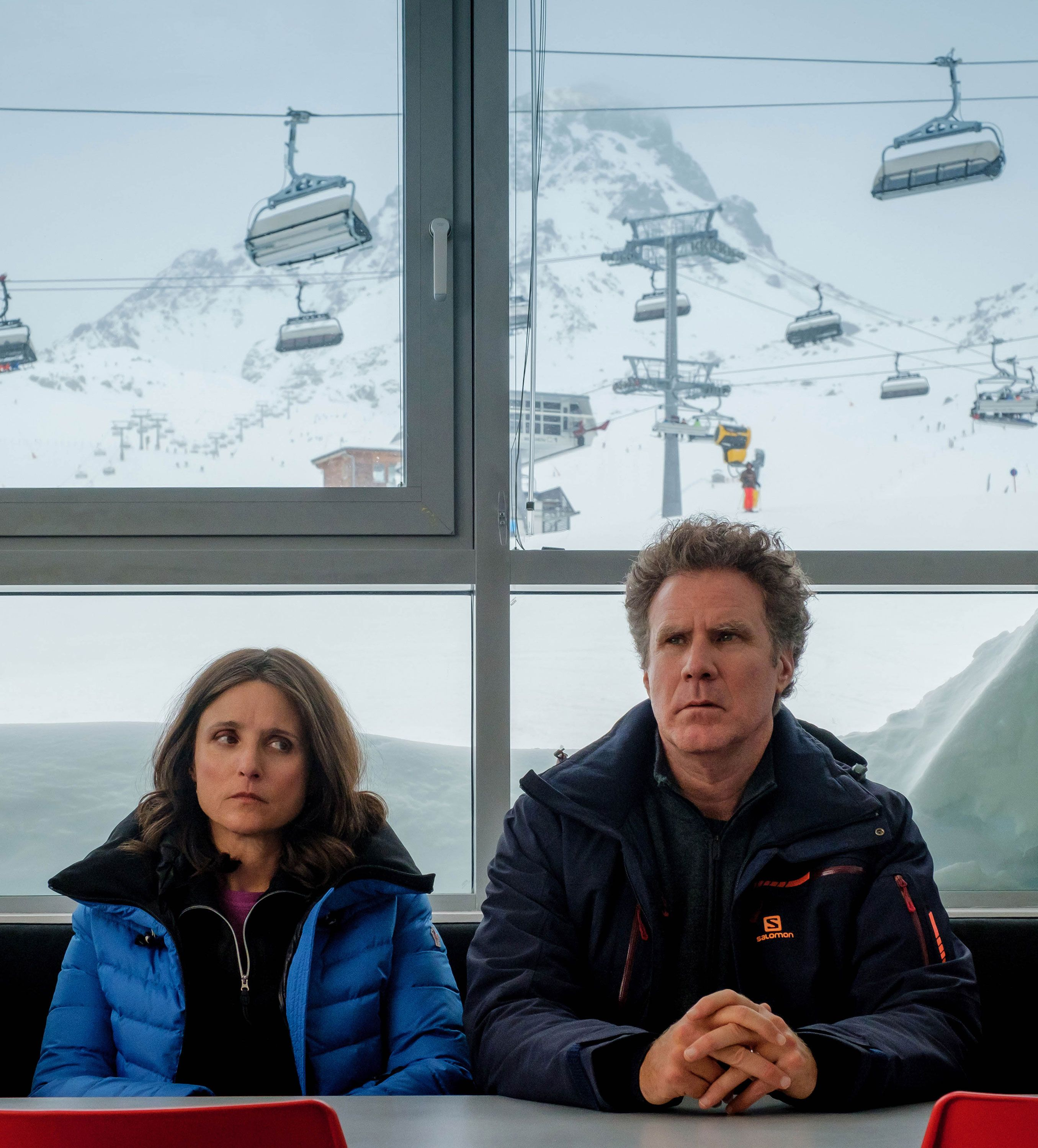 Julia Louis-Dreyfus on What She'd Do If Her Own Husband Bolted During an Avalanche