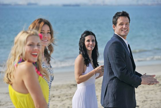 "COUGAR TOWN - ""Cougar Town"" wraps up the season with two back-to-back episodes for the Season Finale, TUESDAY, MAY 29 (8:00-9:00 p.m., ET) on ABC. In ""Your World,"" Part 2, fed up with the lack of privacy, Grayson convinces Jules to elope to Napa . . .  but then the cul de sac crew happily tags along. In this episode, David Arquette guest stars as a hotel concierge who'll go to great (and possibly illegal) lengths to help the wine wedding go off without a hitch. (ABC/ERIC MCCANDLESS) BUSY PHILIPPS, CHRISTA MILLER, COURTENEY COX, JOSH HOPKINS"