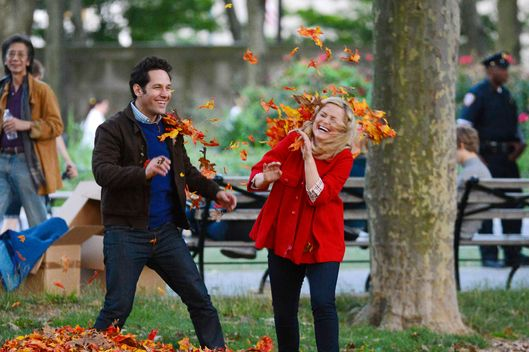 Amy Poehler and Paul Rudd film scenes for 'They Came Together' in Brooklyn Heights, NYC.