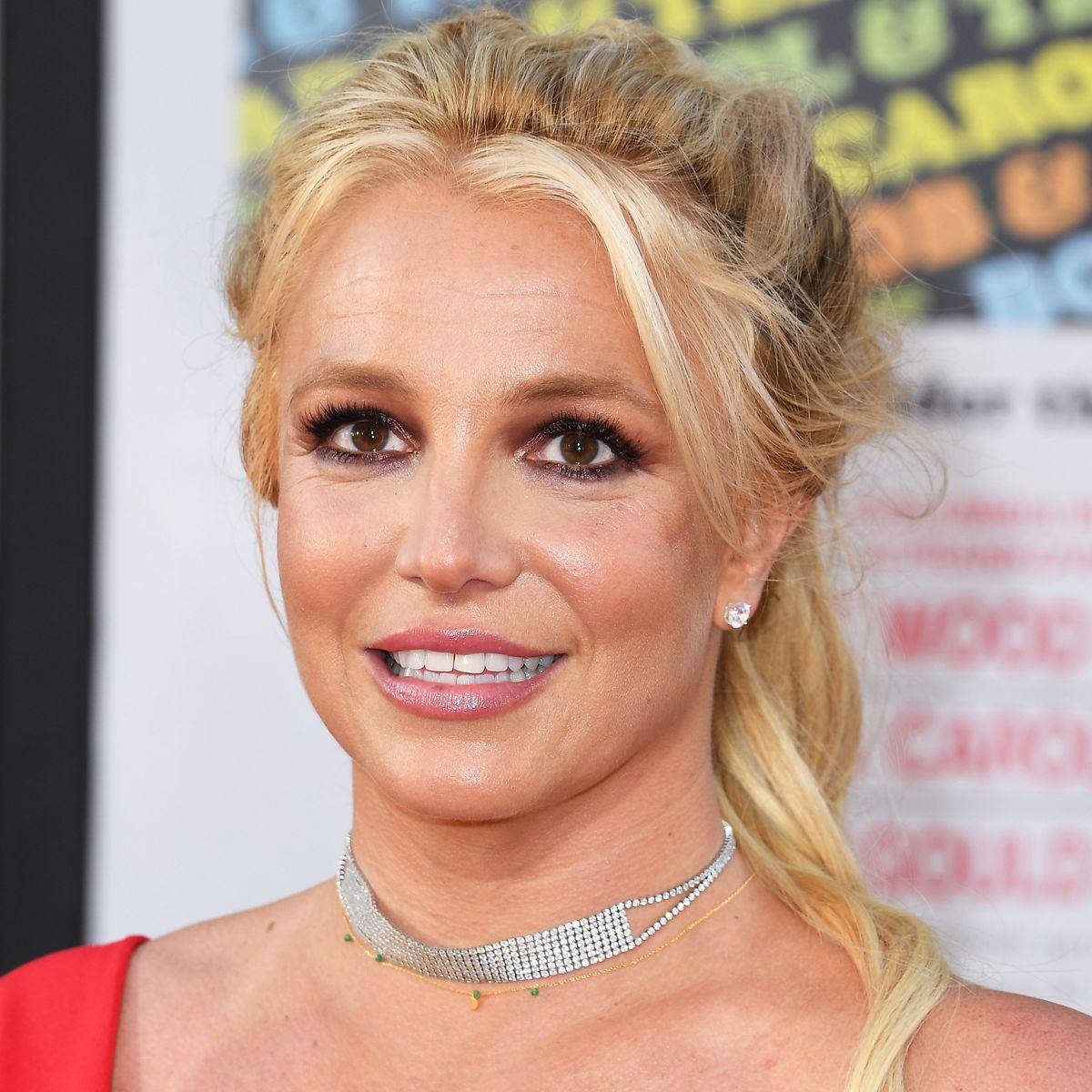 Britney Spears Clarifies 100m Dash Usain Bolt Instagram