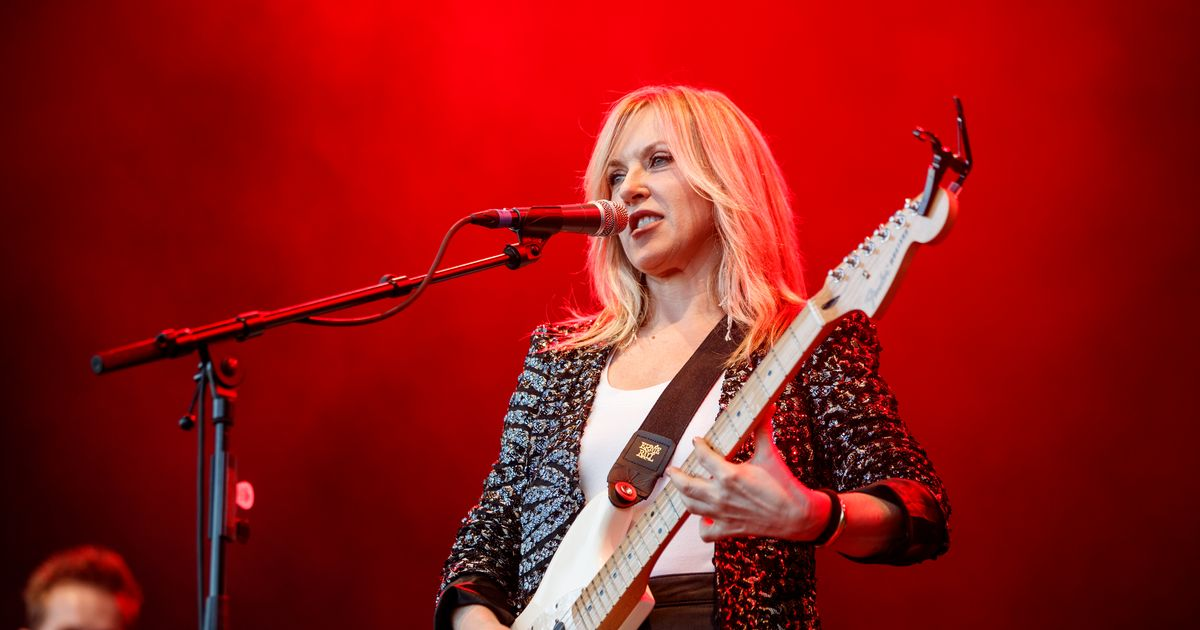 Liz Phair Just Wants to Live in a Period Drama