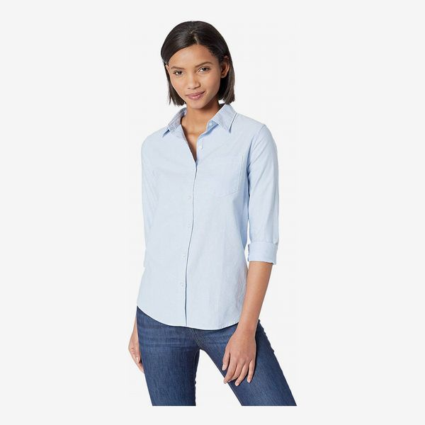 Amazon Essentials Women's Long-Sleeve Classic-Fit Oxford Shirt in blue