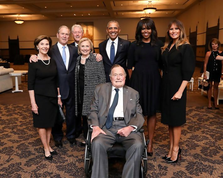 Four presidential families, one photo.