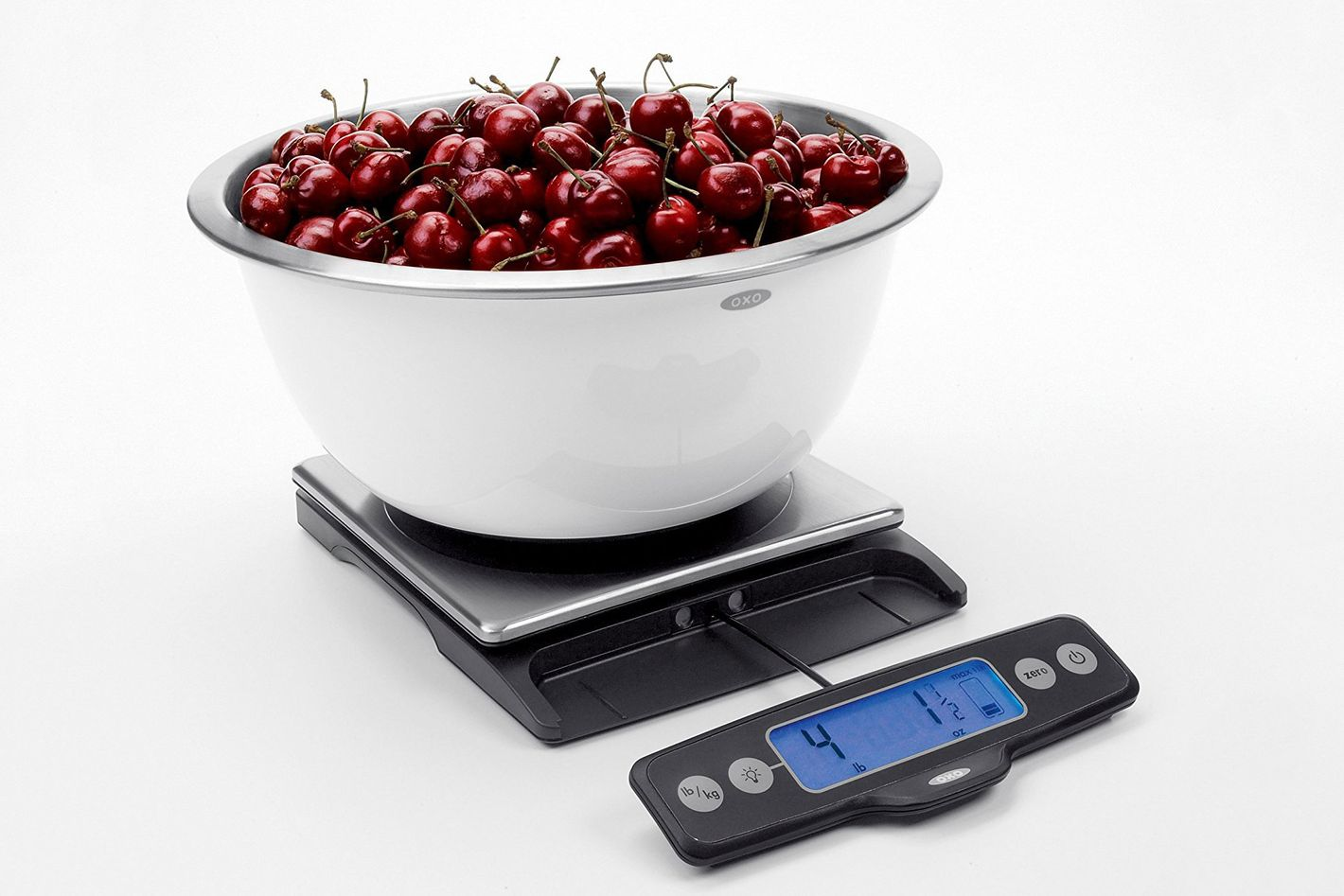 oxo stainless steel kitchen scale with pull-out display