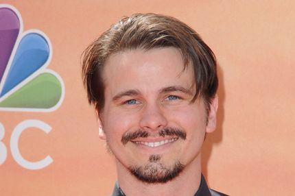 LOS ANGELES, CA - MAY 01:  Actor Jason Ritter arrives at the 2014 iHeartRadio Music Awards at The Shrine Auditorium on May 1, 2014 in Los Angeles, California.  (Photo by Jon Kopaloff/FilmMagic)