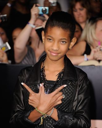 LOS ANGELES, CA - NOVEMBER 14: Singer Willow Smith arrives at Summit Entertainment's