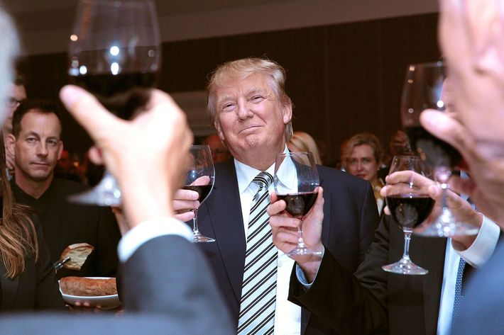 Trump Will Share a Candlelight Dinner With $1 Million Donors