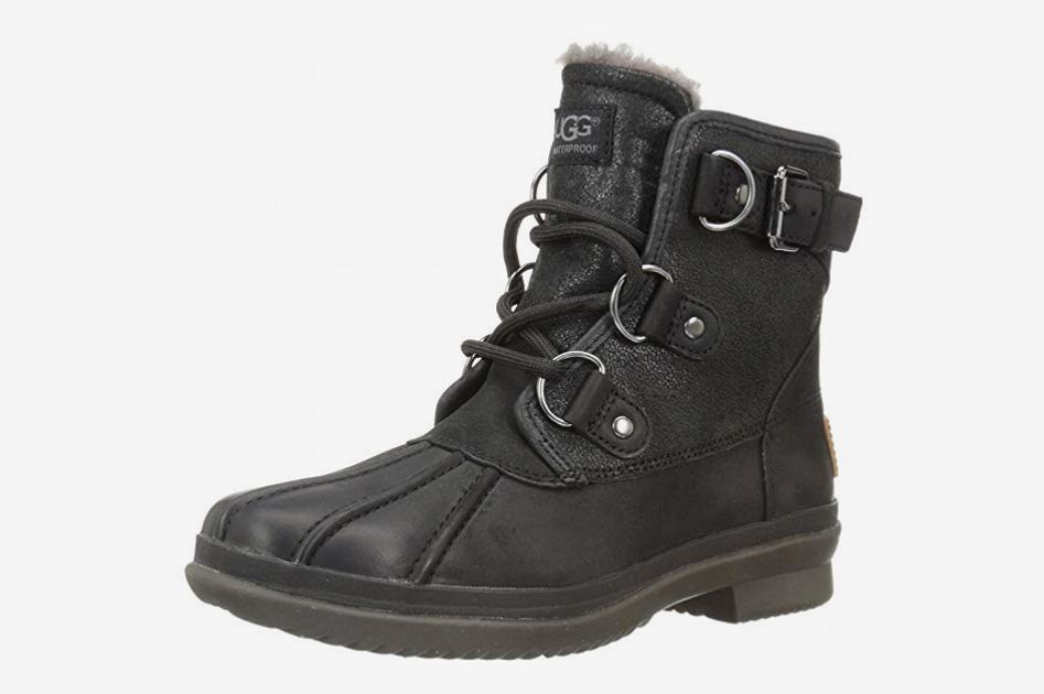 0c4be5277d6 Ugg Women's Cecile Winter Boot at Amazon. Buy