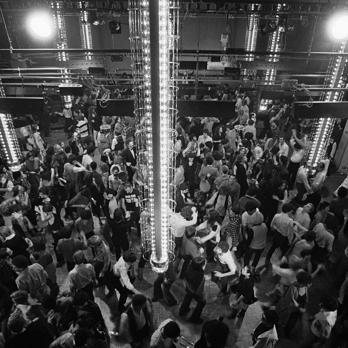 06 Mar 1978 --- Manhattan's reknowned disco and nightclub Studio 54 is located at 254 West 54th Street. --- Image by ? Michael Norcia/Sygma/Corbis