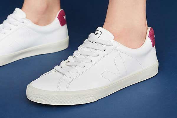 Veja Magenta Esplar Sneakers