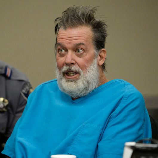 Police Arrest Colorado Springs Planned Parenthood Gunman: Planned Parenthood Shooter Tried To Bomb Clinic -- NYMag
