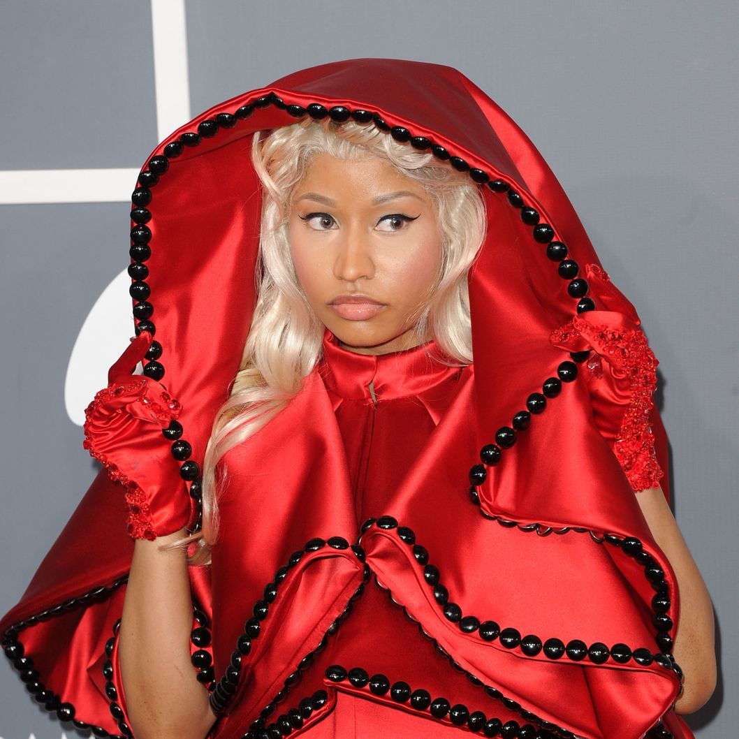 Singer Nicki Minaj arrives at the 54th Annual GRAMMY Awards held at Staples Center on February 12, 2012 in Los Angeles, California.