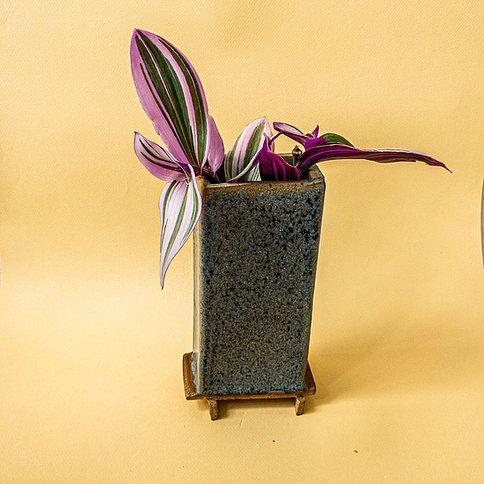 De Anda Ceramics Midnight Stilted Vase