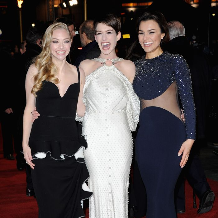 Anne Hathaway Is Psyched: A History Of Red Carpet