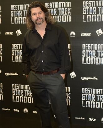 LONDON, ENGLAND - OCTOBER 19: Ronald D Moore attends a photocall at Destination Star Trek London at ExCel on October 19, 2012 in London, England. (Photo by Martin McNeil/Getty Images)