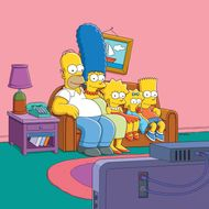 THE SIMPSONS: The Simpson Family.  THE SIMPSONS ™ and © 2013 TCFFC ALL RIGHTS RESERVED.