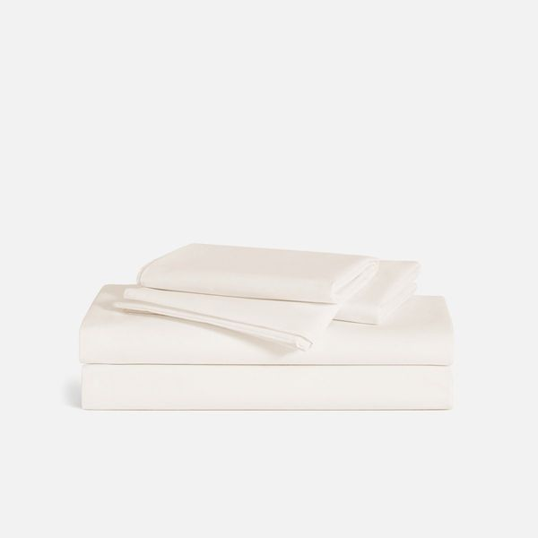 Brooklinen Luxe Sateen Core Sheet Set (Queen)