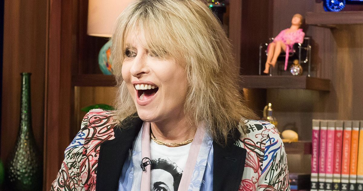 Chrissie Hynde Doesn T Care If You Buy Her Book Or Her