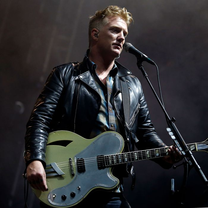 review queens of the stone age s songs for the deaf at 15. Black Bedroom Furniture Sets. Home Design Ideas