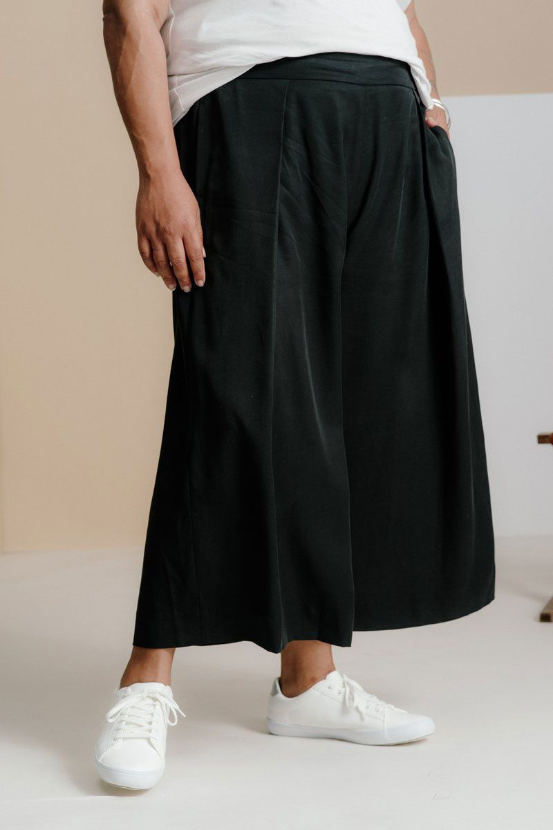 And Comfort Pleated Culottes