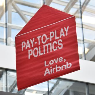 Protest in Airbnb headquarters in San Francisco