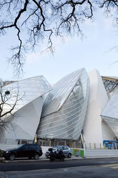 A picture shows the new building of the Louis Vuitton Foundation for Creation modern and contemporary arts centre, designed by American-Canadian architect Frank Gehry, on January 2, 2014 in Paris. AFP PHOTO/BERTRAND GUAY